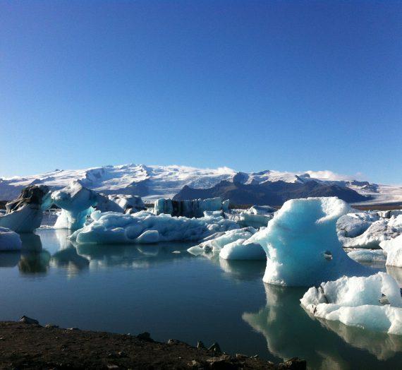 Island – Jökulsarlon: ein Riesen-Cocktailglas