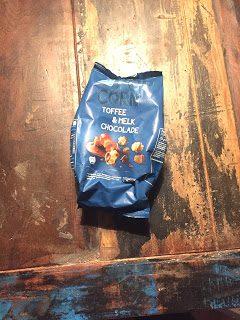 Albert Heijn- Coated Popcorn Toffee & Melk chocolade