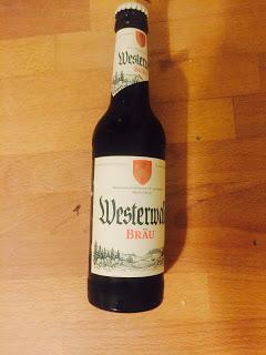 Eine Flasche Westerwald Bräu Hachenburg