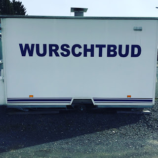 """Wurstverkauf """"Wurschtbud"""": Hunger!"""