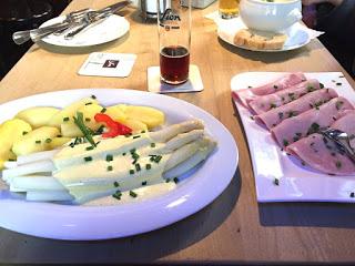 Gertrudenhof Köln: Spargel, Kartoffeln, Schinken
