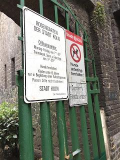 Rosengarten Fort X Köln: Eintrittszeiten / Hunde verboten