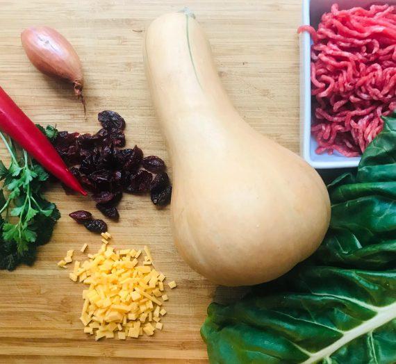 Kochen für Kinder: Gefüllter Butternut- Kürbis mit Hackfleisch, Chorizo und Cheddar