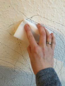 Wand sauber machen Zauberschwamm