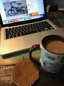 Kaffeepause Fahrrad suchen Honigwaffel